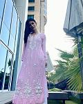 Mouni Roy's ***y Ethnic Look    Actor Mouni Roy is a fashionista and often gives us fashion goals with her stunning outfits. From ***y western wear...
