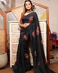 Tina Dutta always manages to grab the attention of her fans by wearing a saree    Popular Indian TV actor Tina Datta, who is best known for her role...