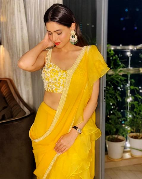 2020 TOP 10 WORST Dressed Celebs of Bollywood Diwali Special