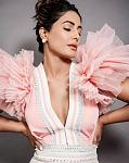 Hina Khan looks awesome in a pink gown    Actor Hina Khan took to Instagram to share photos of her latest look. She dolled up in a pink gown by...