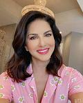 Sunny Leone Goes Bold in Blue Monokini    Actor Sunny Leone is one of the stunning and bold divas of Bollywood and she does not shy away to flaunt...