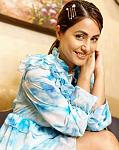 Hina Khan flaunts her smile in a blue ruffle dress    Actor Hina Khan who recently reached 10 million followers on Instagram has been treating her...