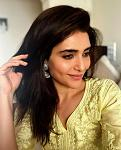Karishma Tanna Looks Breathtaking in Chikangari Suit    TV actor Karishma Tanna is blessed with perfect figure and she never shies away flaunting it....