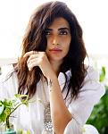 Karishma Tanna looks breathtaking in a white kurta    TV actor Karishma Tanna, the winner of Khatron Ke Khiladi is here to give us some serious...