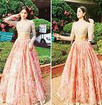 Janhvi Kapoor's lehenga at Sonam Kapoor's Sangeet function    At one of the pre-wedding functions of her cousin Sonam Kapoor in the year 2018, Janhvi...
