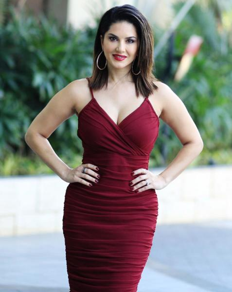 Sunny Leone is a vision in a sensuous maroon dress